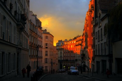 Paris' Montmartre in the afternoon sun